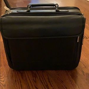Targus briefcase /travel bag with shoulder strap